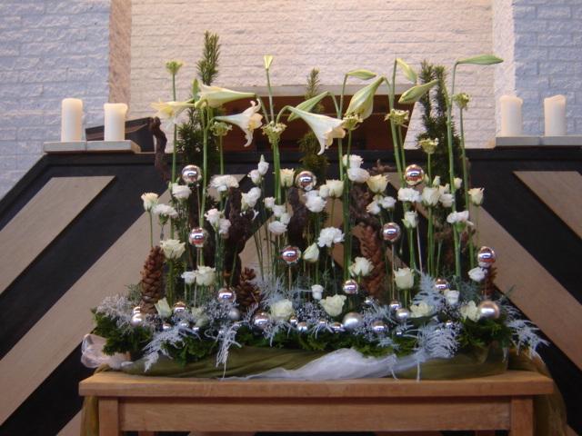 Bloemenarrangementen Kerst Gkv Balkbrug